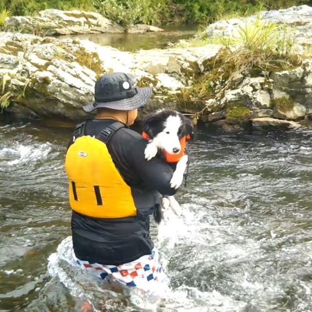 川下りしてみました!途中からパワフルパクチーに引っ張られてます。